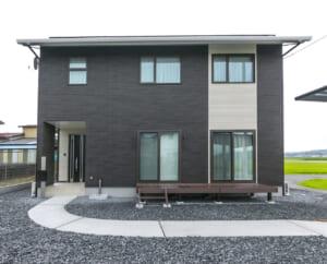 住みやすさにこだわったシンプルモダンな高品位の家(S様)のサムネイル