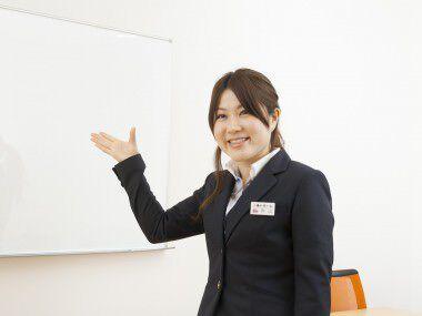 企画室/Webカウンター・秋山